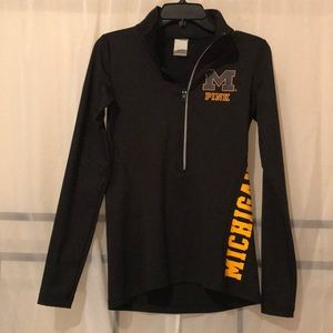 Ling Sleeve Half-Zipped Athletic wear